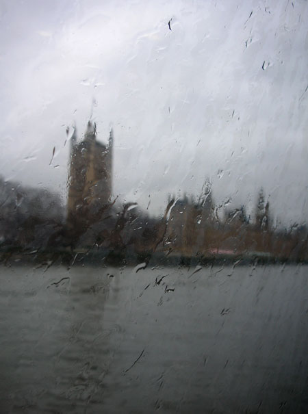 1RainyDayLondon.JPG